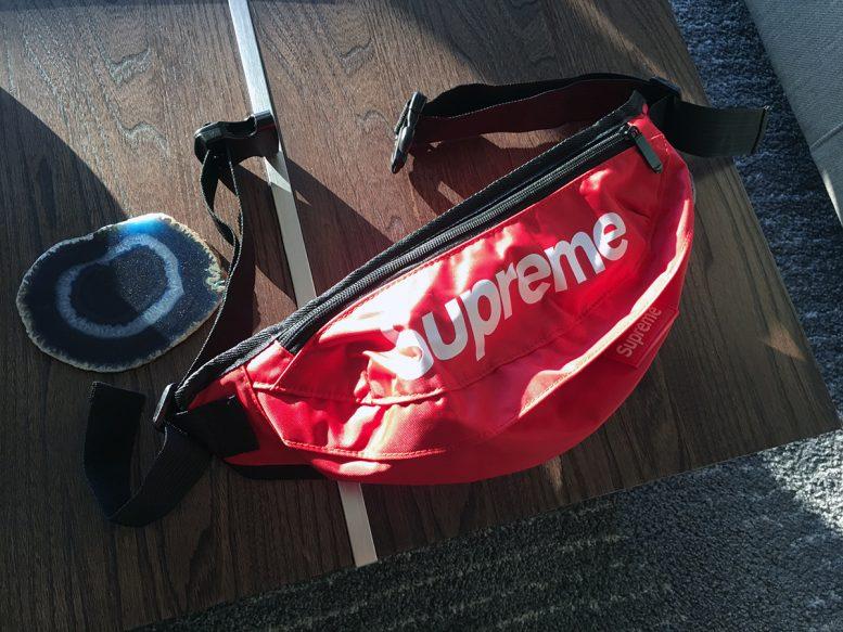 supremefannypack