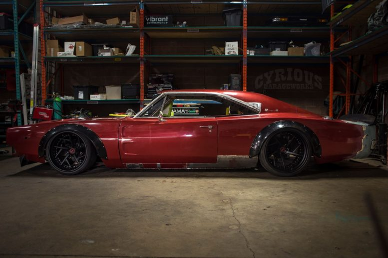 cyrious-garageworks-1968-dodge-charger-03